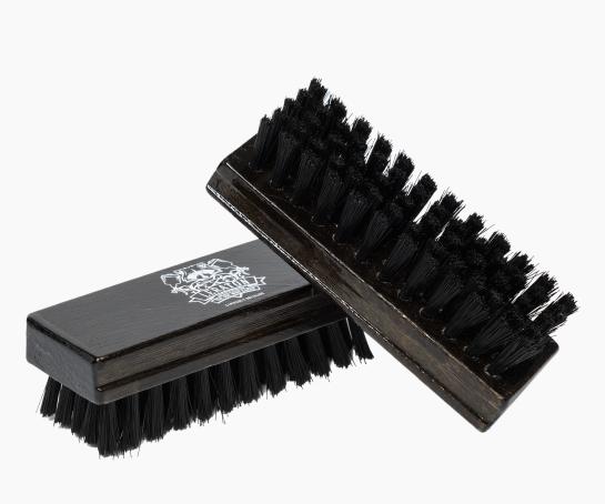 Щетка для чистки кожи малая LERATON BR2